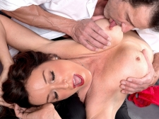 How a HORNY HOUSEWIFE sucks and copulates, by Rachel Steele