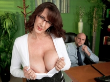 Fucking the monumental titted HORNY HOUSEWIFE who's wearing glasses
