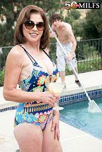 The pool boy screws Cashmere's ass